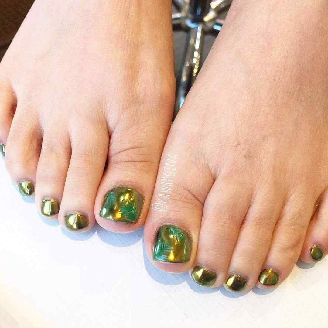 En color verde metalizado
