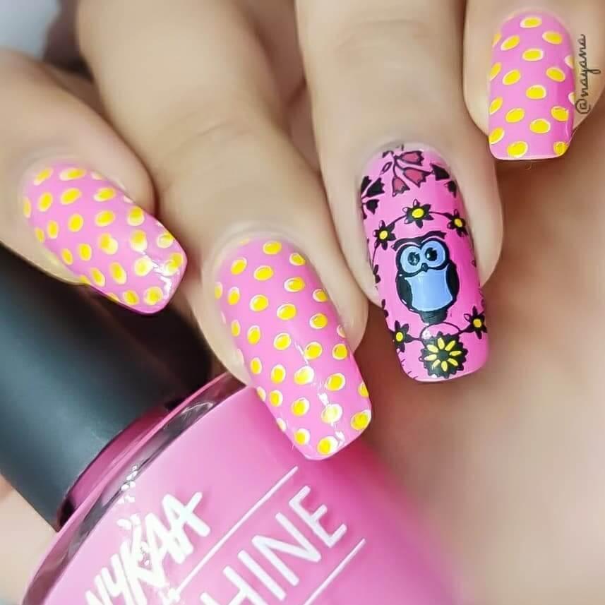 diseño de uñas con buho