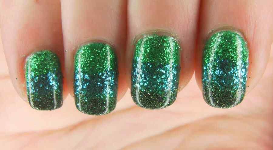uñas verdes decoradas de san patricio