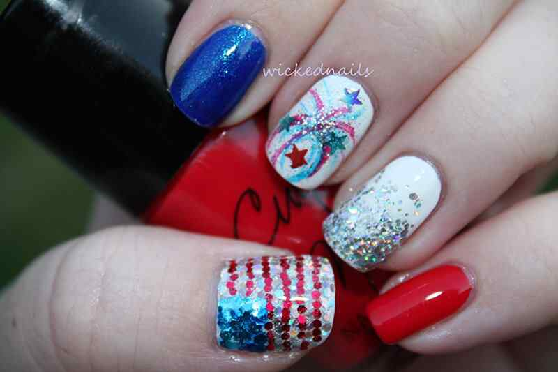 Fourth-of-July-Nails-(5)