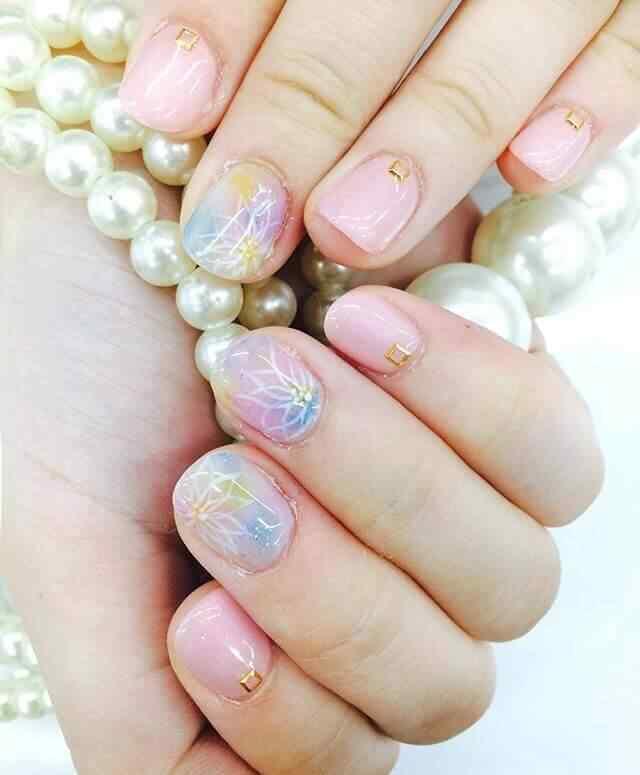 uñas cortas rosa de porcelana