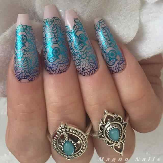 uñas de gel estampadas