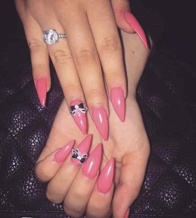 uñas de porcelana rosa