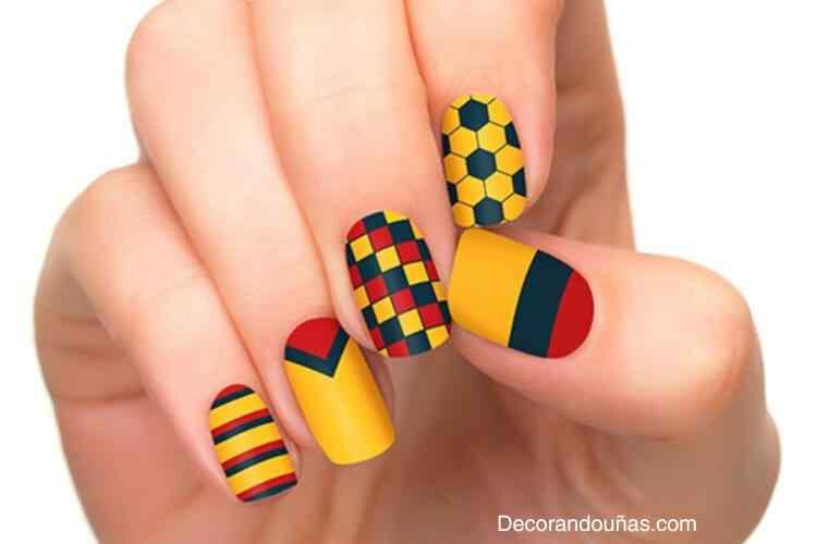 unas decoradas colores de colombia (1)