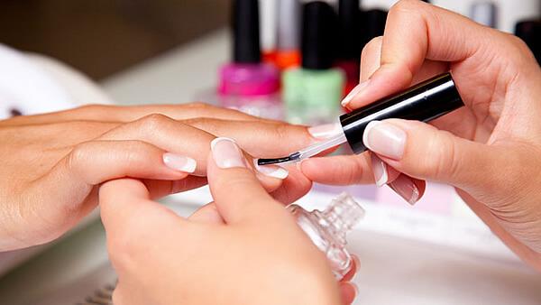 consejos-para-usar-un-kit-para-el-cuidado-de-uñas