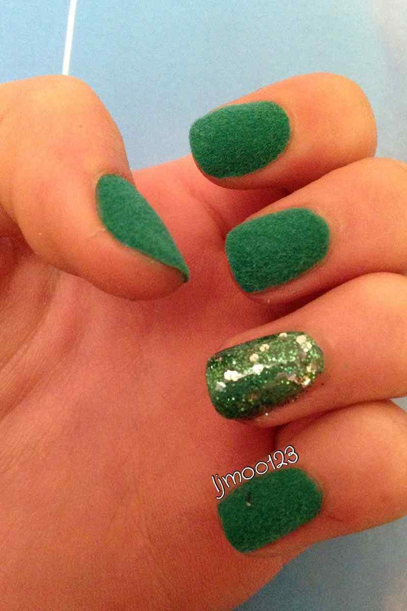 velvet nails (8)