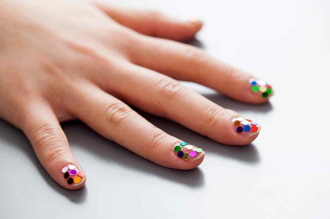 confetti nails (11)