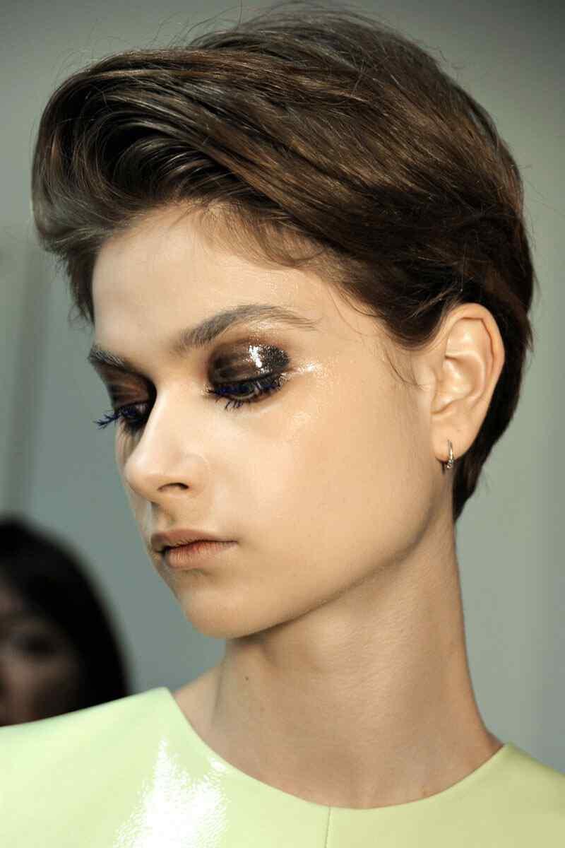 60 Ideas De Peinados Y Cortes De Pelo Corto Para Mujeres