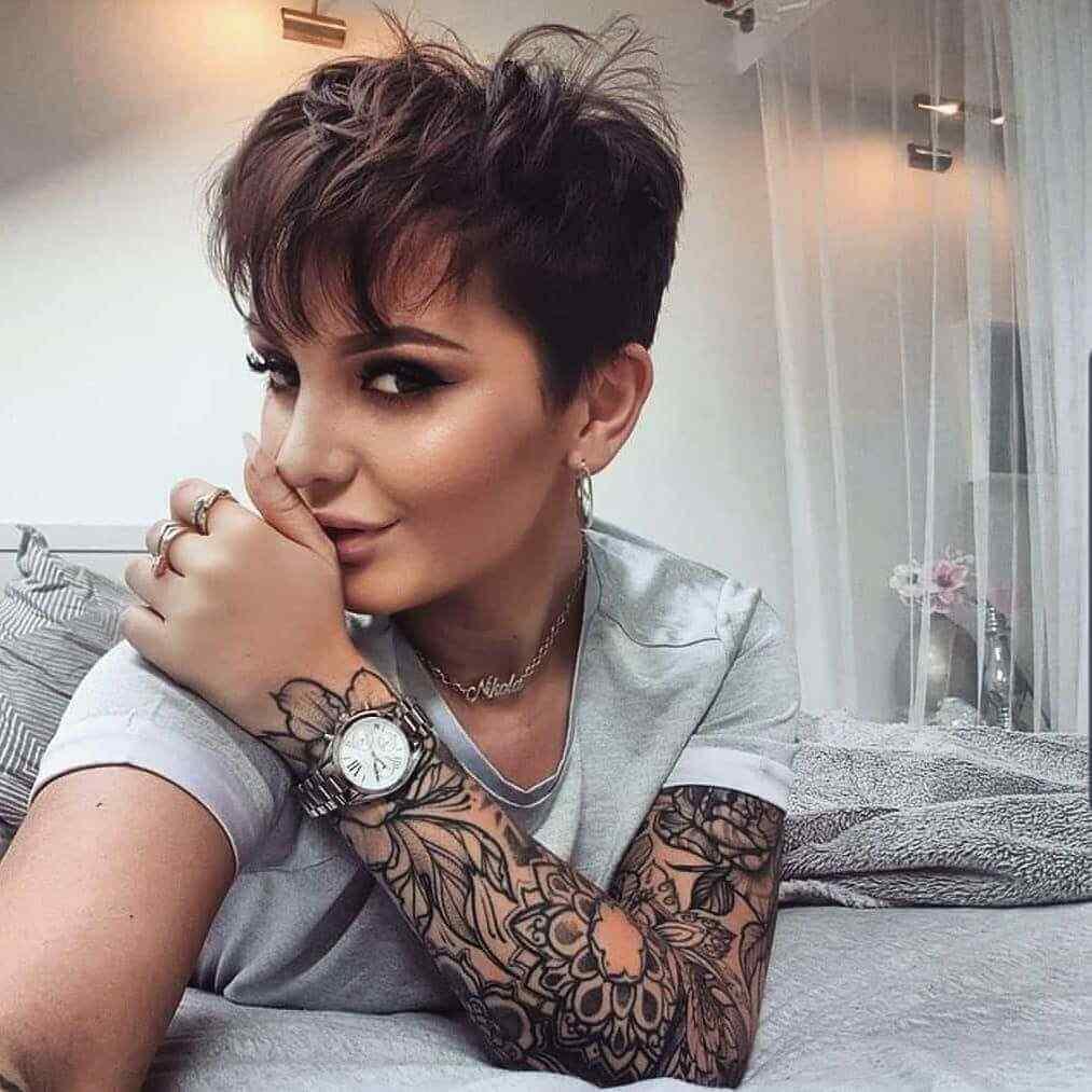 Más de 100 Ideas de peinados y cortes de pelo corto para mujeres 2019 9