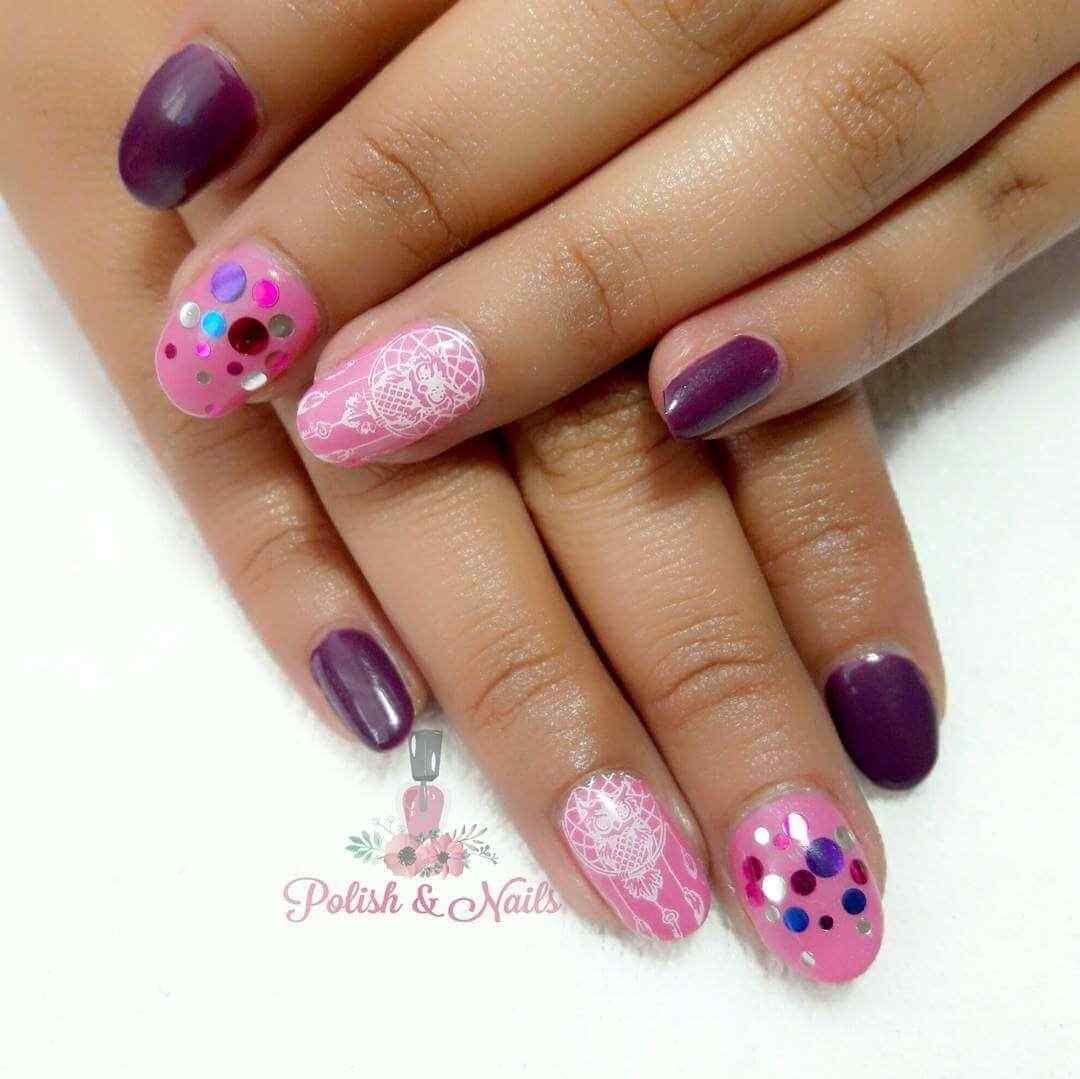 uñas confeti rosa