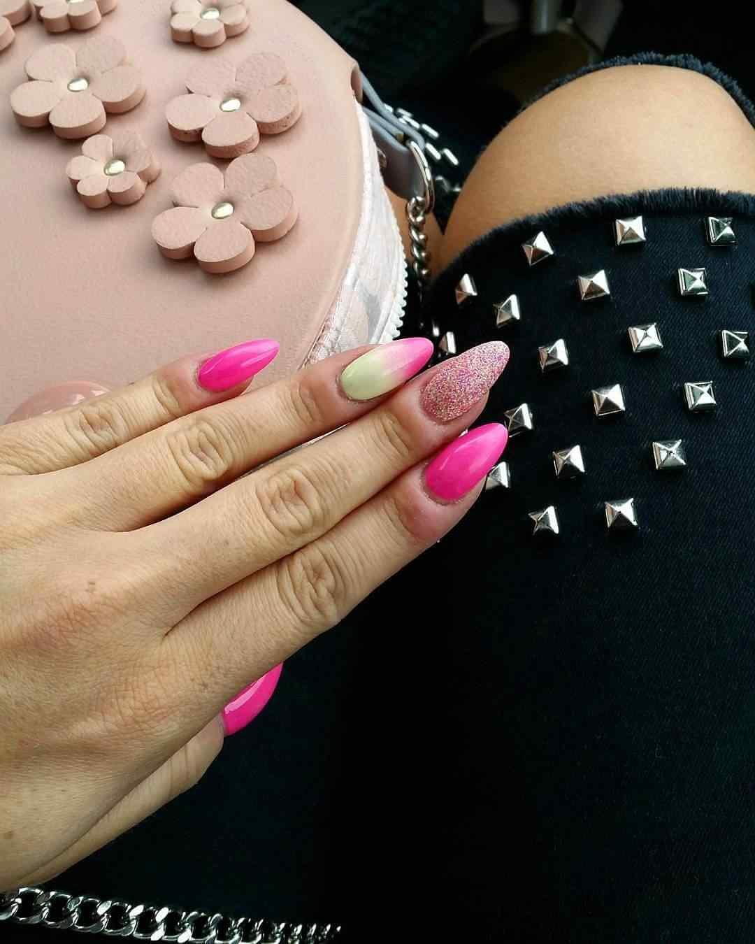 uñas pink para 15