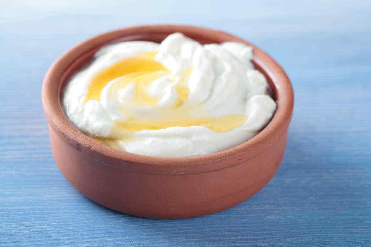 crema de yogurt con miel