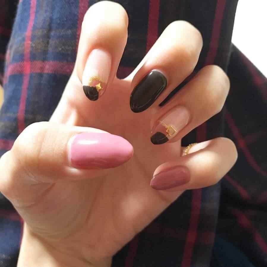 uñas otoño negras y rosa