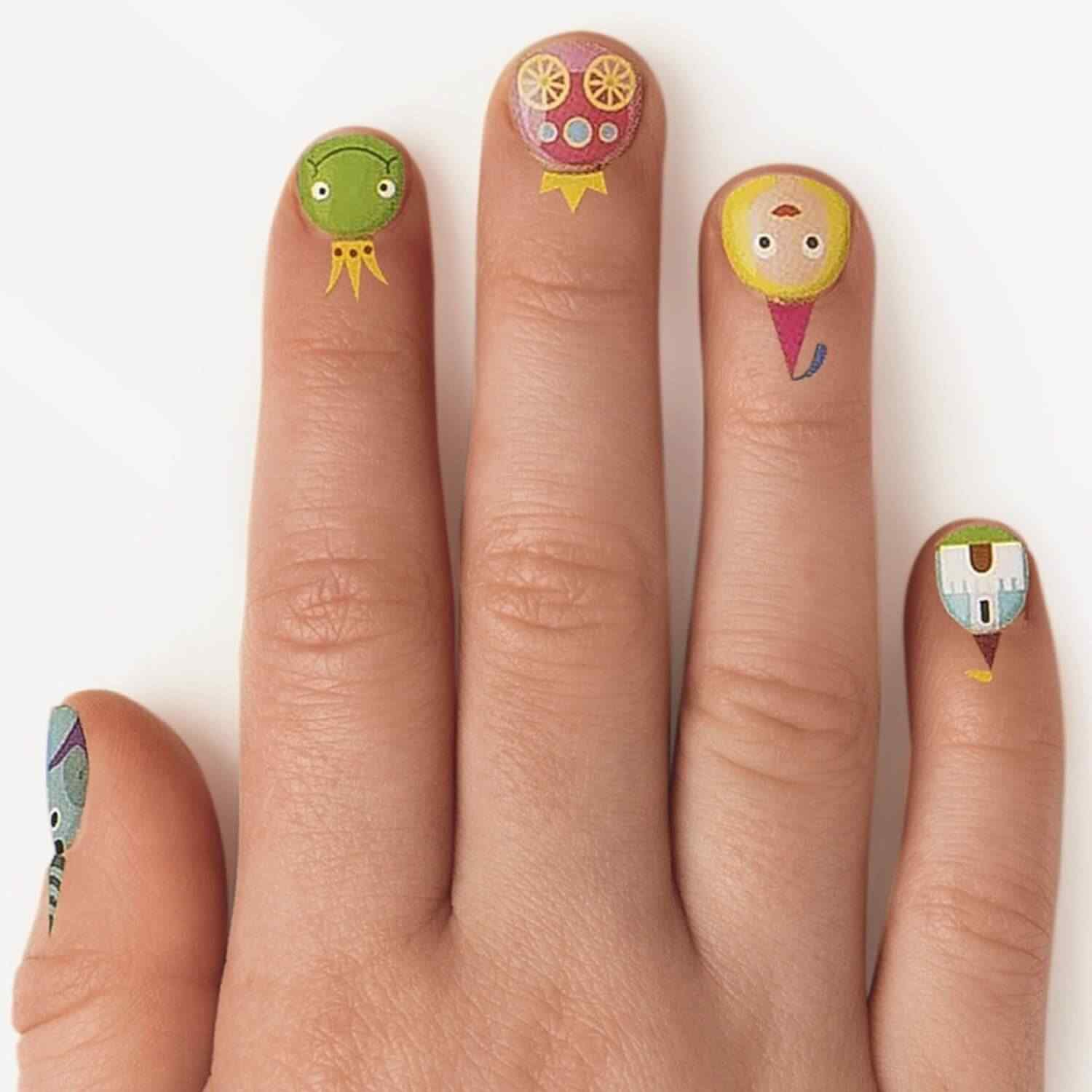cuticle tattoo nail art (13)