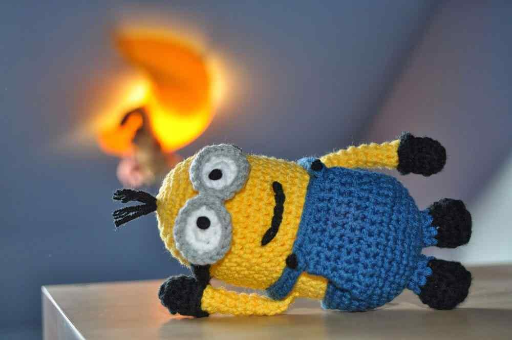 Amigurumi Minion Morado Patron : Como hacer hermosos Amigurumis en crochet para decorar tu ...