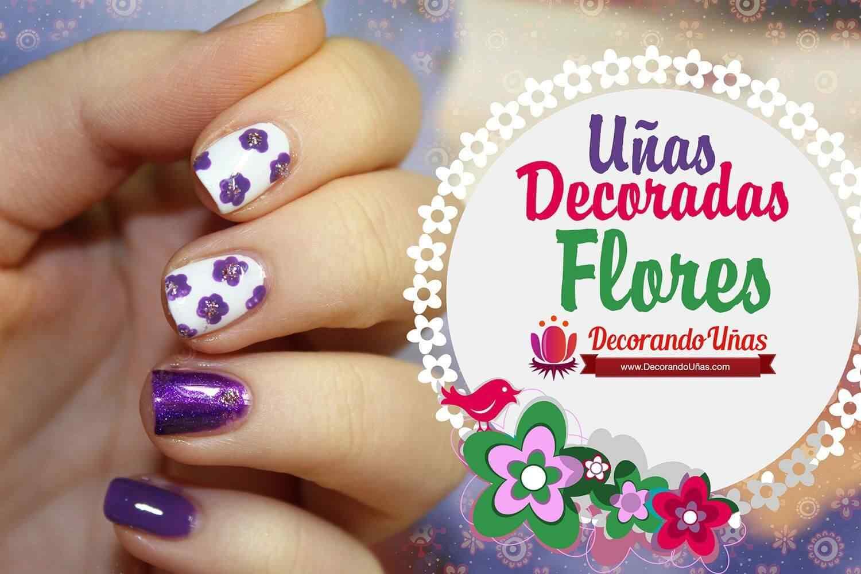 unas-decoradas-flores-violetas