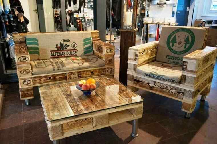 M s de 60 ejemplos de muebles hechos con palets for Cosas recicladas con tarimas