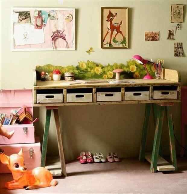 mesa de palets con cajones