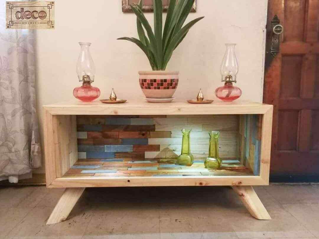 aparedor mueble guardado con palet