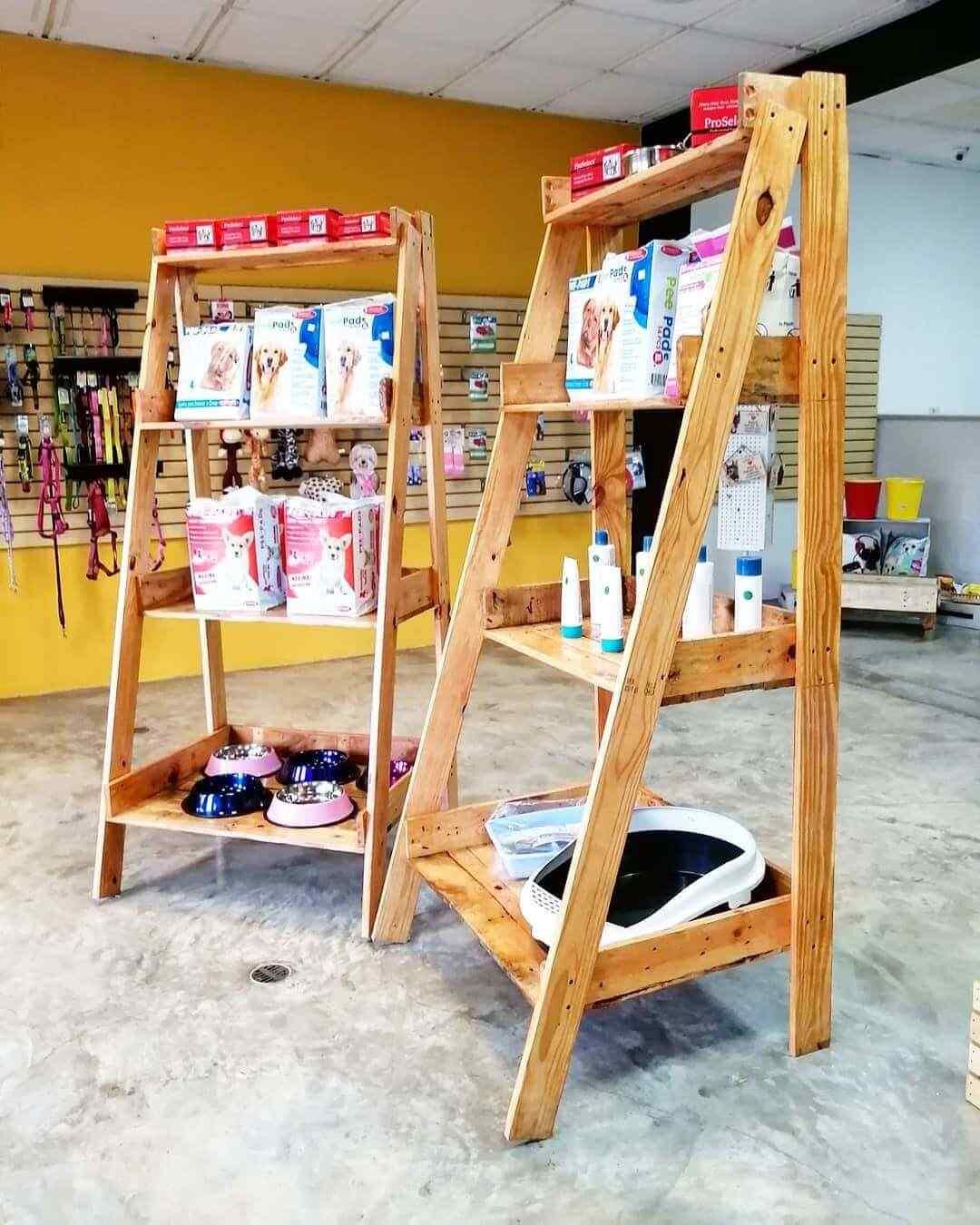 estantes o repisas con madera palet