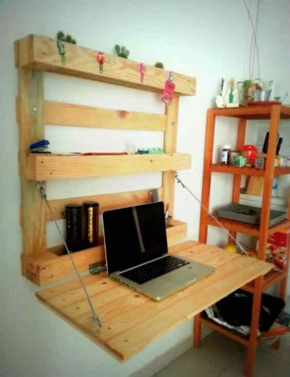 mueble con palet para pc