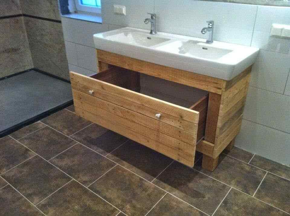 mueble de baño con palets