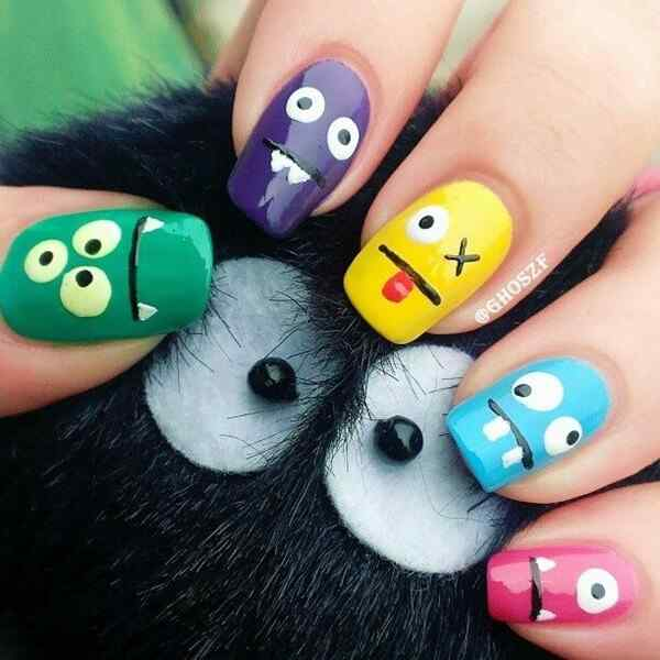 Fuente: http://www.fenzyme.com/3d-nail-art-pictures/