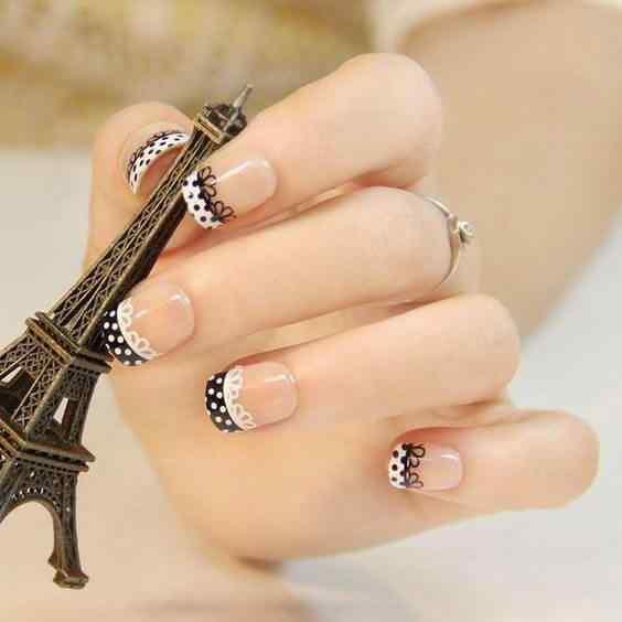 uñas  francesas negras