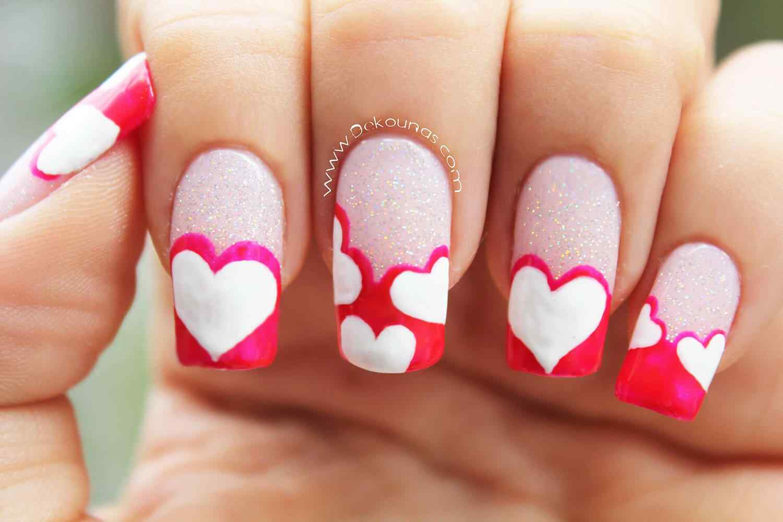 Diseño facil de uñas con corazones !