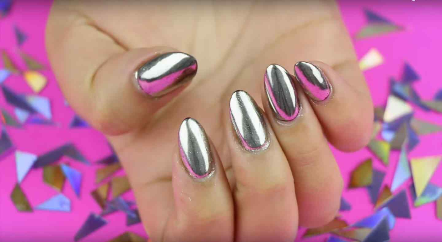 80 dise os de u as plateadas u as decoradas nail art for Decoracion de unas espejo 2017