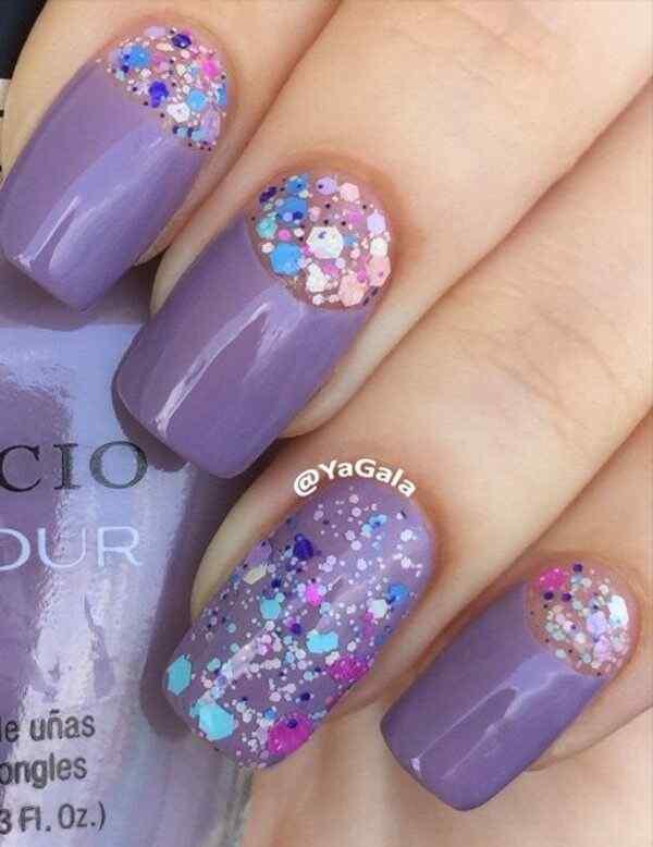 Diseños de uñas media luna