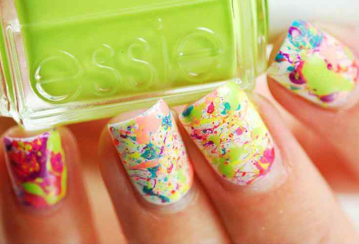 Uñas decoradas splash