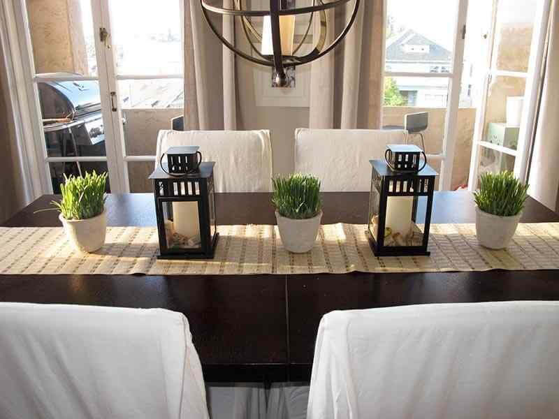 20 ideas simples y econ micas para decorar la mesa de navidad for Como decorar la mesa de navidad