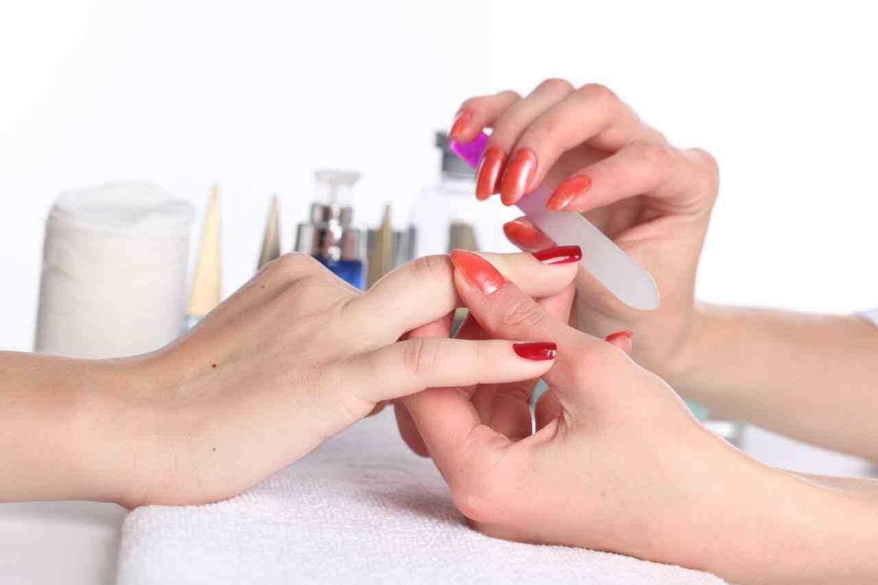 como limar las uñas
