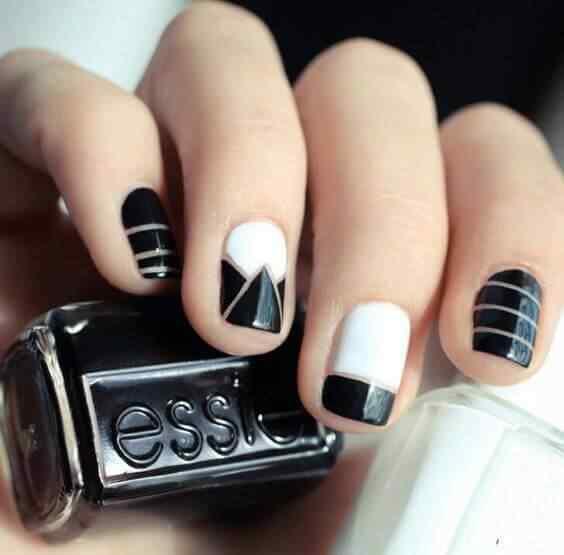 decoracion de uñas cortas blanco y negro
