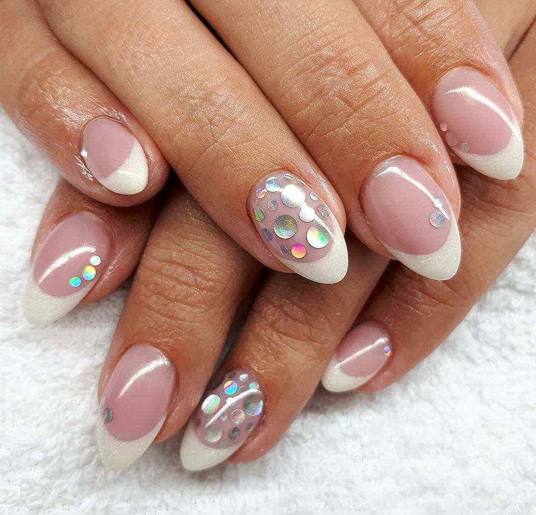 decoracion de uñas francesas elegantes