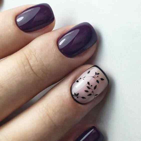 diseño de uñas cortas con flores
