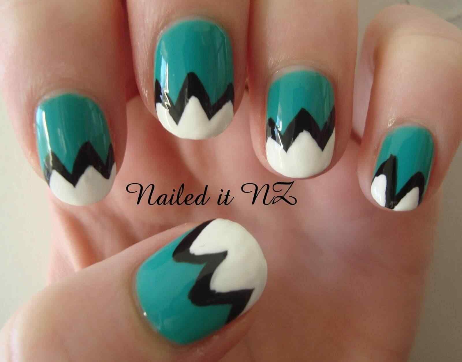 diseño de uñas facil verde y blanco