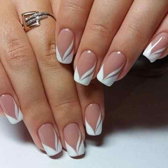 diseño de uñas francesas elaboradas