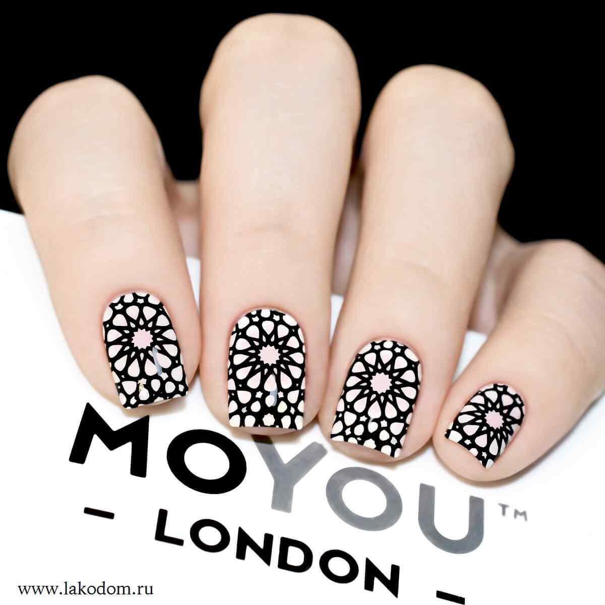 diseño de uñas geométricas moyou