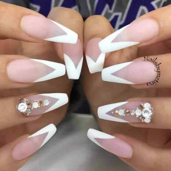diseño de uñas largas para casamiento