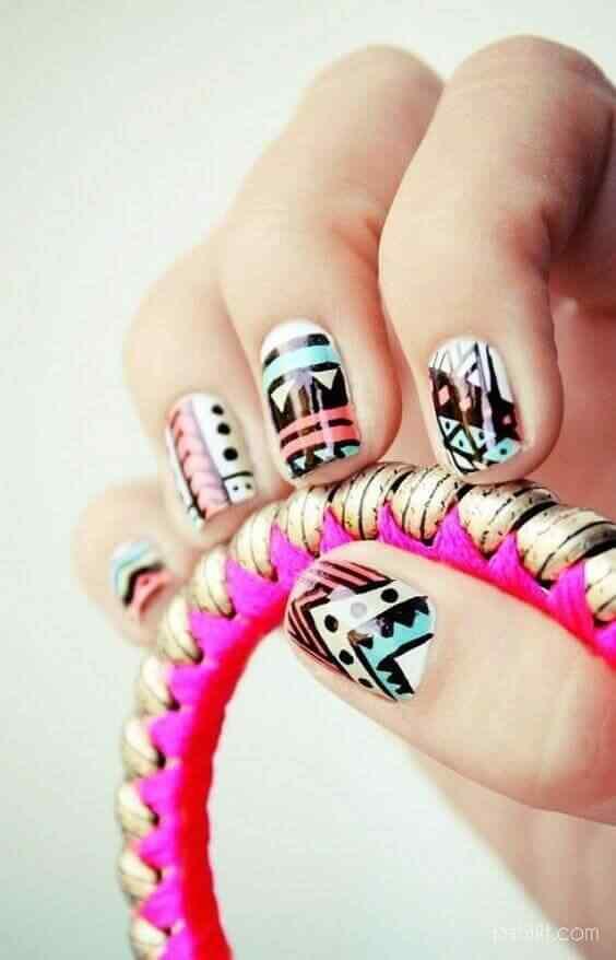 diseños de uñas folk