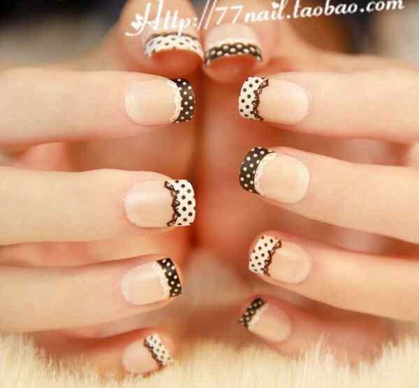 uñas francesas delicadas