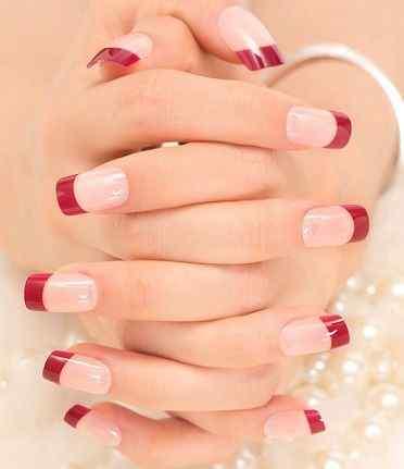 uñas francesas rojas