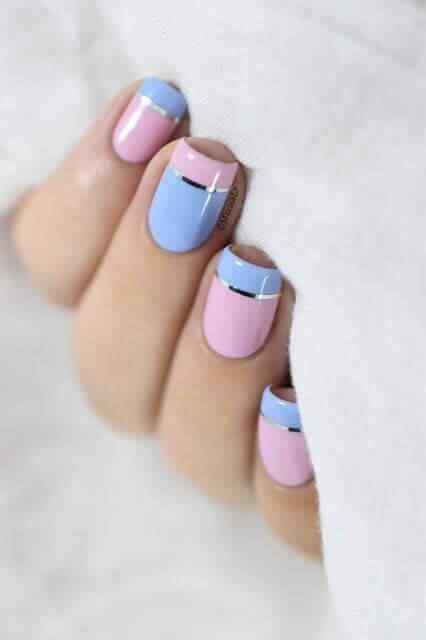 uñas francesas rosa y celeste