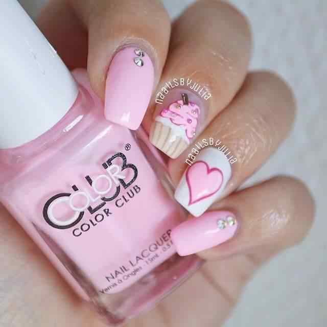 Uñas de amor con corazones para las románticas! + 170 diseños 17