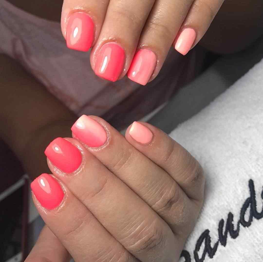 decorado de uñas rosa para novias