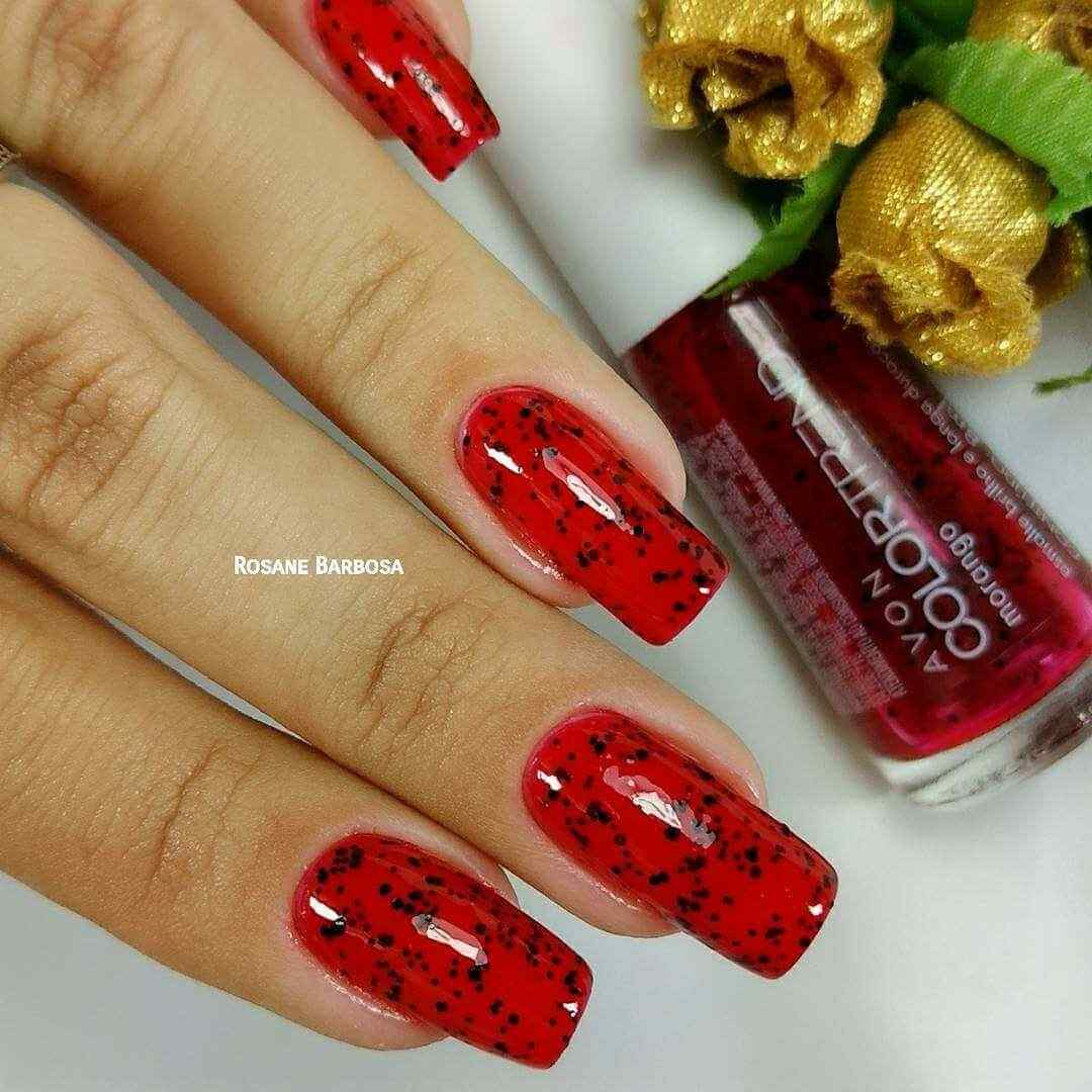 uñas decoradas color rojo