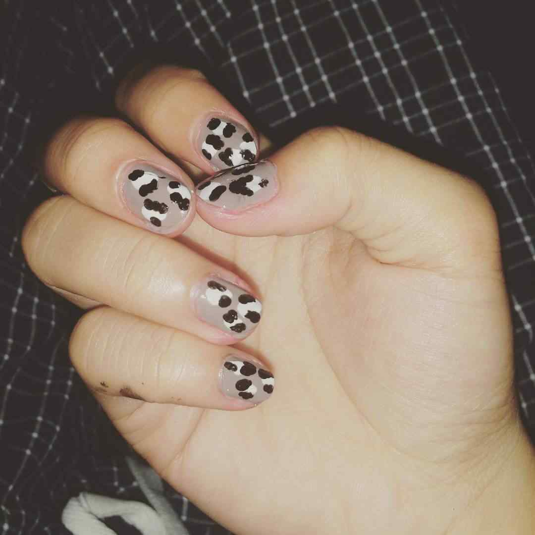 uñas estampado animal