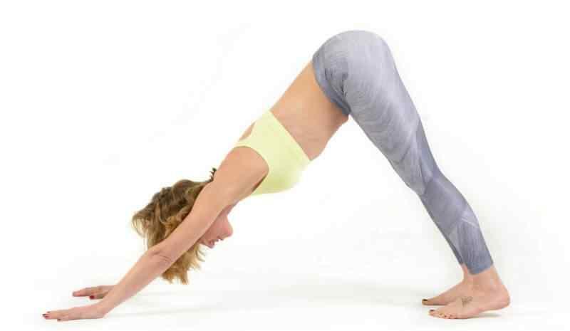 5 Posturas de Yoga que te ayudaran a mejorar tu forma física 2